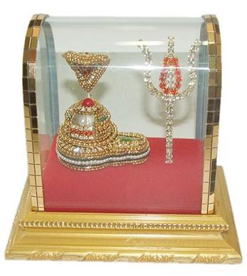 Parad Lingam With Trishui Adorned With Divine Apparel