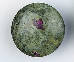 Serpentine and Stichtite Flying Saucers